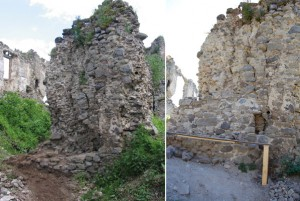 Torzo steny za 4. bránou s odpadnutým lícom a prasklinami hrozilo zrútením na chodník vedúci do jadra hradu. Muselo sa v plnom rozsahu domurovať chýbajúce líce vo forme oporného piliera tak, aby sa ním podoprel celý múr a pritom zachoval ruinálny vzhľad.