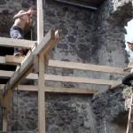 Zhotovili časť stropov v prístavbe